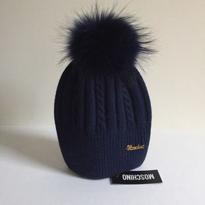 Moschino Wool Hat with Raccoon Fur No OFFERS NWT